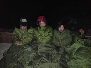 The hunger strikers camped out in front of the Qixing Detention Center in Jiangsanjiang, Heilongjiang, through the night in freezing cold, March 25, 2014.